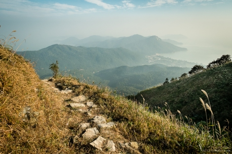 Descending on the Lantau Trail, great view of the bay below.