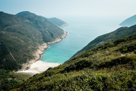 On the ascent again, a view of Long Ke Tsai beach, which is even more secluded than the main beach.