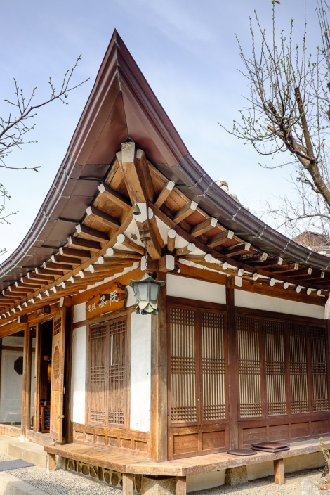 This traditional building is now an art gallery.